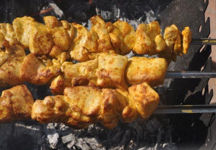 шашлык из куриной грудки в майонезе
