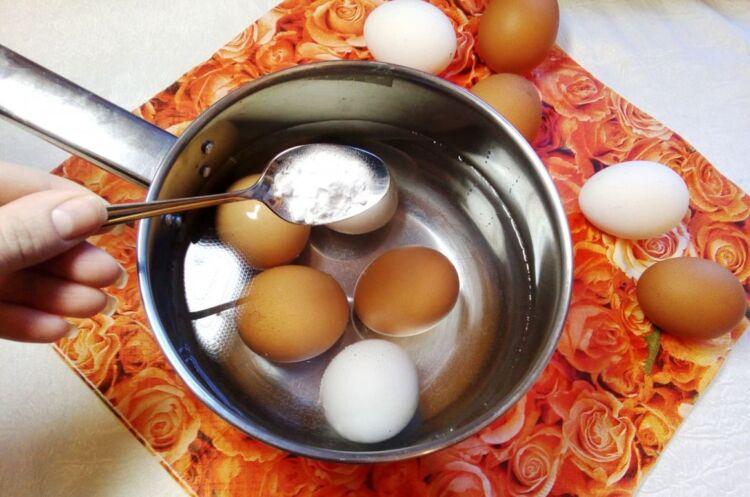 как легко очистить яйца