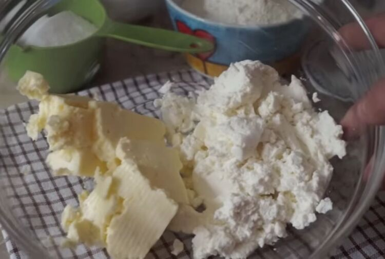 рецепт сочного и влажного кулича с творогом без дрожжей