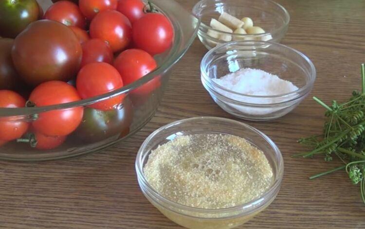 Целые помидоры в желе с сухим желатином