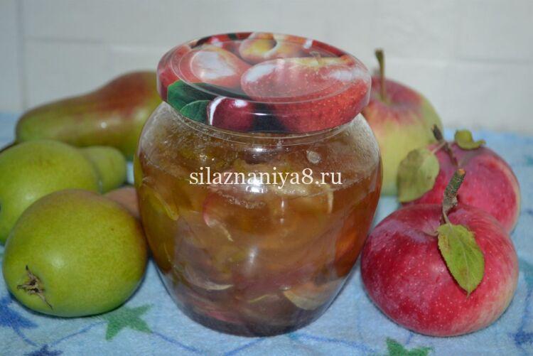 Прозрачное варенье из груш и яблок с корицей